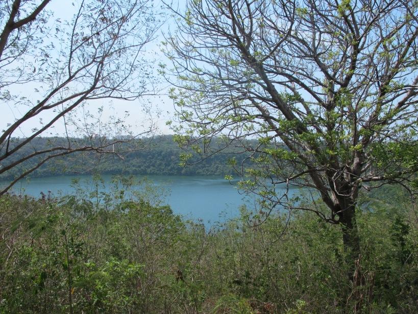 danau asmara